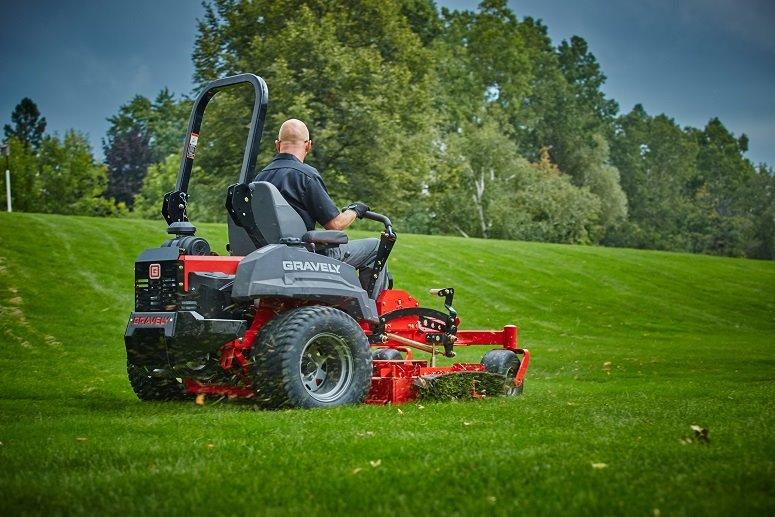 Gravely Pro-Turn 460 Zero-Turn Riding Lawn Mower